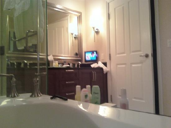 watching-tv-from-bath