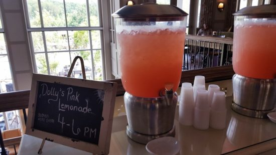 Dollywood's Dream More Resort. Pink Lemonade